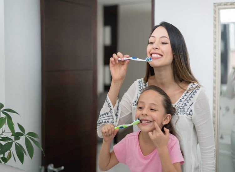 Four Oral Hygiene Habits That Help Keep Your Smile Healthy and Bright